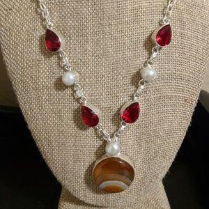 Jewelry - Genuine carnelian garnet quartz and pearl necklace